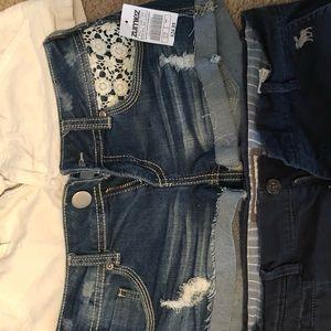 Size 3 Lace Pocket Shorts
